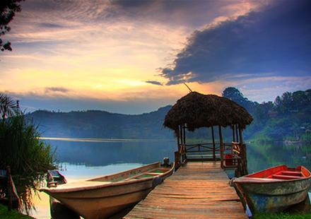 Lake Bunyonyi Tour